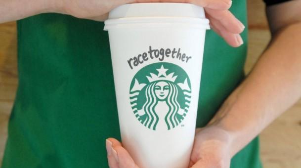 Rede de cafeterias finaliza ação de combate ao racismo