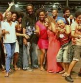 Bando de Teatro Olodum celebra Bodas de Prata