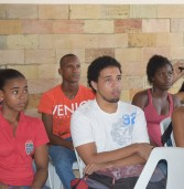 Oficina de Robótica incentiva estudantes para área tecnológica