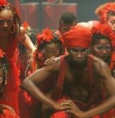 Bando de Teatro Olodum nas salas de aula