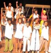 Espetáculo Ó paí, ó volta ao palco do Teatro Vila Velha
