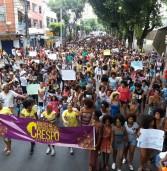 Marcha do Empoderamento Crespo ocupa ruas de Salvador
