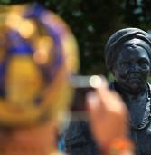 Após vandalismo, Busto de Mãe Gilda é restaurado em Salvador