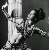 Primeira bailarina negra do Teatro Municipal é homenageada no Rio