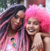 Negros em marcha pelo direito do cabelo encrespar e contra o racismo religioso