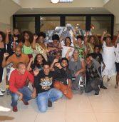 Com bonde preto e sessão mais que especial, Pantera Negra estreia em Salvador