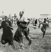 Massacre de Shaperville: Neo Muyanga e Emo de Medeiros utilizam violências como potências artísticas
