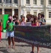 """Ato """"Salvador é indígena"""" protesta contra o PL 490"""